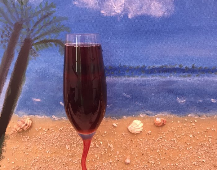 red-wine-dreaming-for-the-beach_t20_wLKpV7